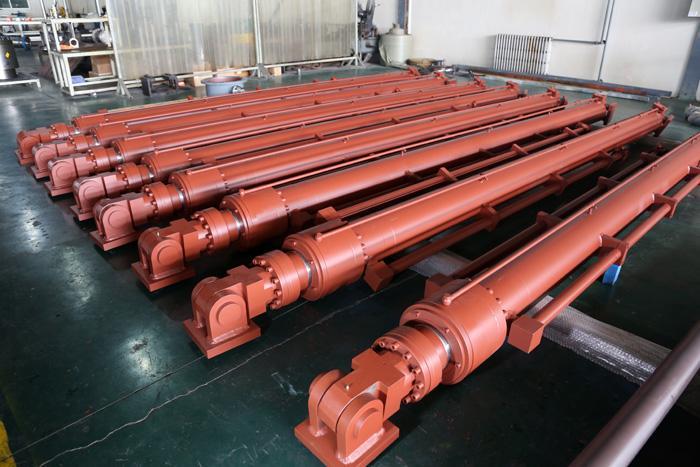 甲板机械液压缸